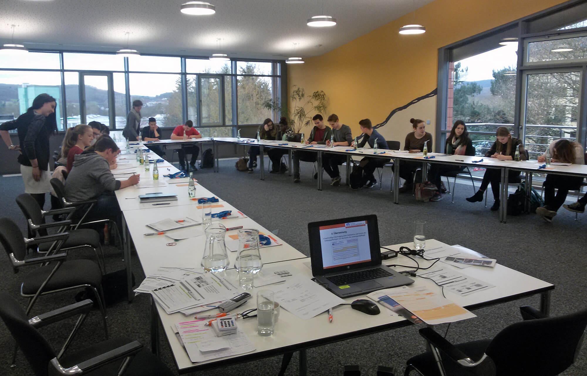 Praxistag: Realschule+ Manderscheid zu Besuch